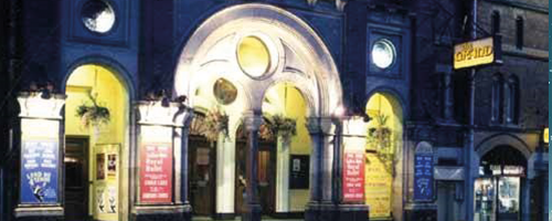 Photograph of the front of Leeds Grand Theatre